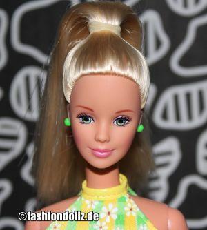 1999 Pretty in Plaid / I Love Barbie, blonde #20666