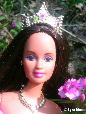 1999 Princess Barbie, brunette #22893