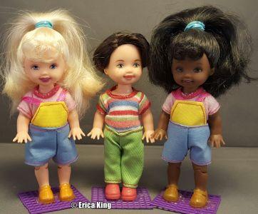2001 Amusement Park   Kelly & Friends