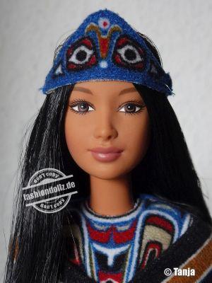 2000 Dolls of the World - Northwest Coast Native American #24671