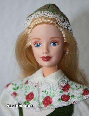 2000 Dolls of the World - Swedish Barbie (2nd Edition) #24672