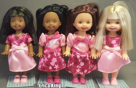 2001 Valentine Friends 2 Doll Sets