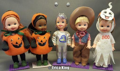 2001 Halloween Party     - Kelly & Friends