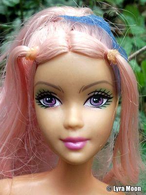 2005 Barbie Fairytopia -  Dahlia G5905