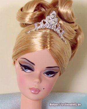 2005 Stolen Magic Barbie G8072