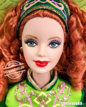 2006 Festivals of the World - Irish Dance Barbie  K7920