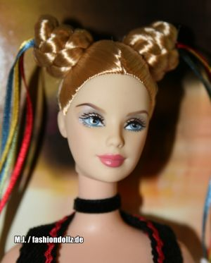 2006 Festivals of the World - Oktoberfest Barbie  J0929