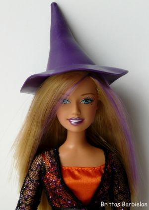 2007 Halloween Charm Barbie J9203