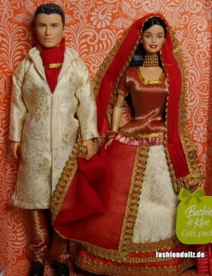 2008 (Boxdate) Barbie in India - Barbie and Ken Gift Set P6876 red-white 05