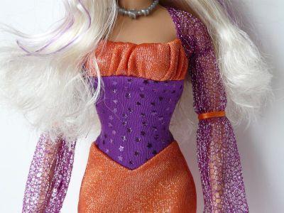 2010 Mattel Barbie Halloween Treat P8277 Bild #07