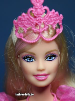 2009 Barbie and the three Musketeers -     Corinne N7003
