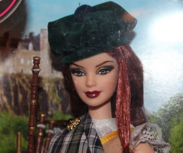 2009 Dolls of the World - Scotland Barbie  N4973