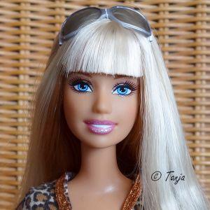 2009 Talk To Me Tees Barbie #M9338