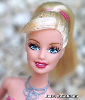 2010 Barbie in a Fashion Fairytale -      Barbie #T2562