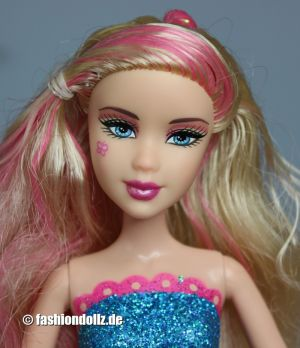 2010 Barbie in a Fashion Fairytale -    pink Fairy #T3037