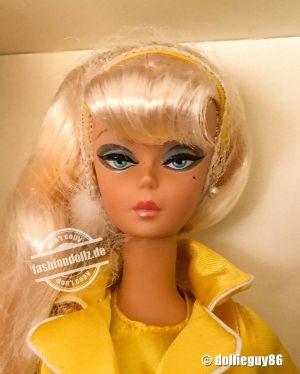 2010 Palm Beach Honey Barbie  R4485
