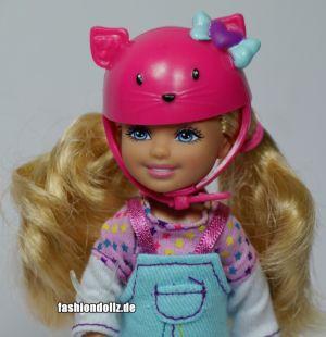 2011 Barbie Sisters Skateboard Skipper & Chelsea T7429