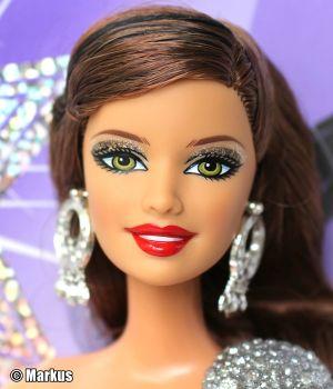 2011 Fashionistas In the Spotlight - Hollywood Divas Sassy