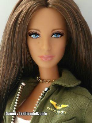 Green Lantern Carol Ferris Barbie T7656 mit Louboutin Face