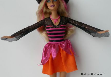 2011 Halloween Party Barbie Bild #02