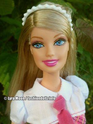 2011 Barbie in Princess Charm School -     Princess Blair V8701