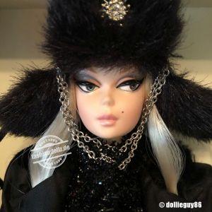 2011 Verushka Barbie T7674