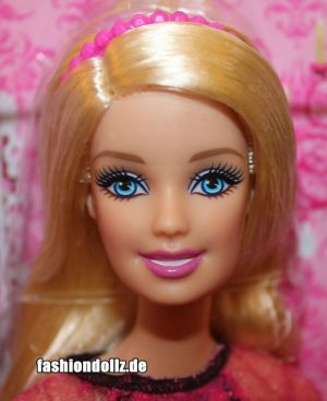 2013 Life in the Dreamhouse Stylin' Friends Barbie BDB41