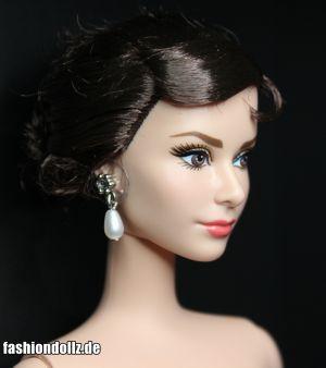 2013 Audrey Hepburn as Sabrina Doll 4