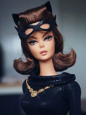 2013 Catwoman Barbie,  Classic TV Series #Y0304
