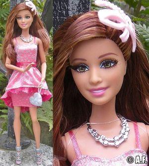 2014 Barbie Style In the Spotlight Teresa CCM04