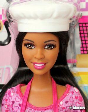 2014 Cookie Chef Barbie AA BDT41