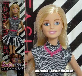 2015 Fashionistas Wave 2 #1 Barbie CLN59