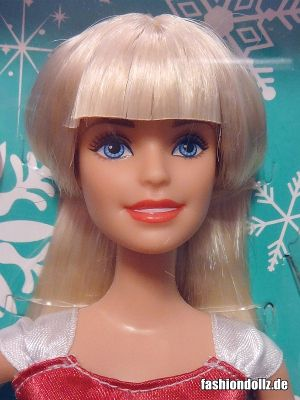 2015 Festive and Fabulous Barbie CLW89