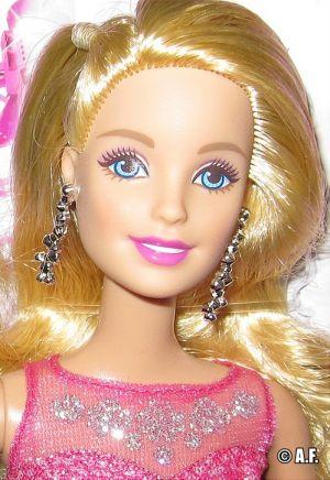 2015 Pink & Fabulous Barbie CHH04