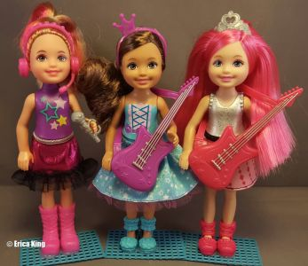 2015 Barbie in Rock N' Royals -  Chelsea & friends