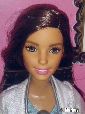 2016 Barbie Careers - Pediatrician - Kinderärztin DKJ12