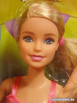 2016 Barbie and her sisters in a puppy chase -    Dancin' Fun Horse Barbie
