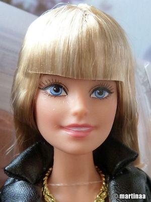 2015 The Barbie Look - Urban Jungle DGY07