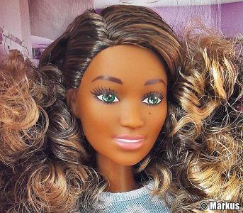 2017 Barbie and Fashion FFF61