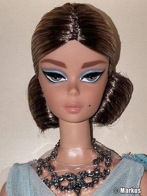 2017 Blue Chiffon Ball Gown Barbie DYX74