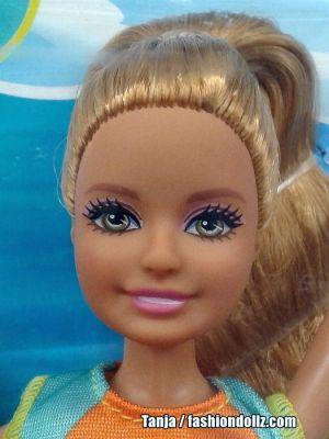 2017 Barbie: Dolphin Magic -    Stacie FBD69