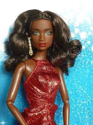 2017 Holiday Barbie AA (2)