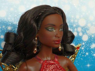 2017 Holiday Barbie AA (3)