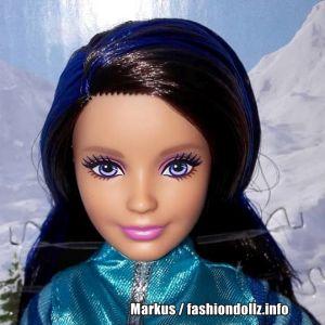 2017 Pink Passport - Winter Getway Barbie & her Sisters - Skipper FDR56