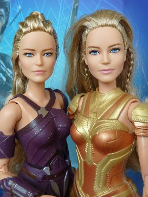 Vergleich Antiope (left) and Hippolyta (right)