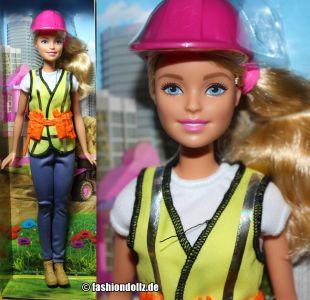 2017 Barbie Careers - Builder / Bauleiterin  #FCP76