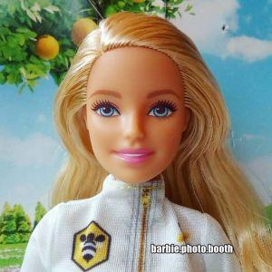 2018 Barbie Careers - Beekeeper / Imkerin FRM17