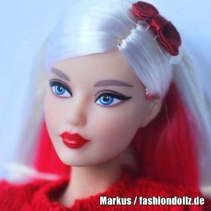2018 Hello Kitty Barbie DWF58