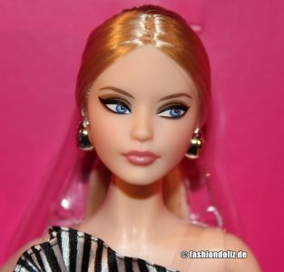 2018 Paris Convention Barbie - Striking in Stripes