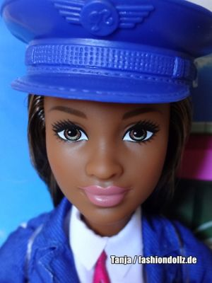 2019  You can be anything - Pilot Barbie AA GFX25